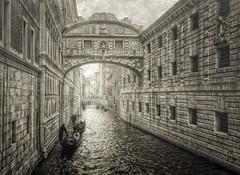 Suspiro texturizado (Zu Sanchez) Tags: venice venecia venedig venesi veneti veneza venezia veneto venessia texturized texture textura zusanchezphotography zusanchez zsnchez canon canoneos1000d
