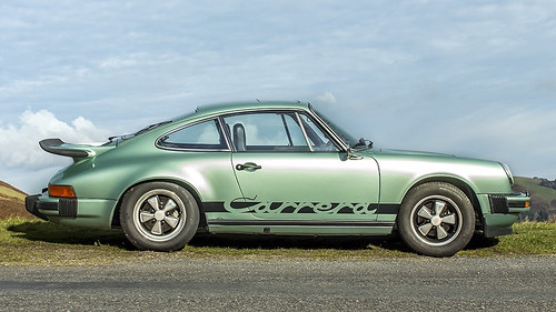 Porsche 911 Carrera MFI 1975 года