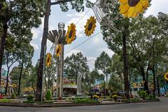 Bến Thành, District 1, Ho Chi Minh City, Vietnam (takasphoto.com) Tags: 2870 asean asia cochinchina hochiminh hochiminhcity hochiminhstadt hôchiminhville indochina lens nikkor nikkor2870mmf28d nikkor2870mmf28dedifafszoomlens nikon photography preynokor professionallens saigon saigonhochiminhcity saïgon southeastasia southvietnam street streetphotography sàigòn thànhphốhồchíminh thànhphốsàigòn thànhphốtrựcthuộctrungương transportation travel travelphotography trip viaje vietnam vietnamas viêtnam việtnam хошимин הוצימיןסיטי וייטנאם فيتنام مدينةهوتشيمنه هوشیمین ویتنام एशिया होचीमिन्हशहर ভিয়েতনাম นครโฮจิมินห์ ประเทศเวียดนาม ཝི་ཏི་ནམ། ទីក្រុងព្រៃនគរ アジア インドシナ サイゴン ストリートスナップ ニッコール ベトナム ホーチミン市 东南亚 亜細亜 城舗胡志明 旅行 東南アジア 胡志明市 越南 베트남 호찌민시