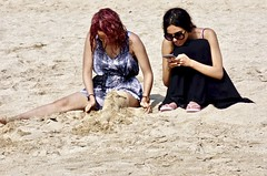 I- phone on the beach . (Franc Le Blanc .) Tags: panasonic lumix indonesia bali kuta beach pantai girls iphone candid people sit sitting seated