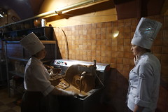 Csokoládémanufaktúra - Rynok (sandorson) Tags: travel lviv ukraine galicia lvov україна lwów lemberg galícia leopolis ukrajna львов львів галичина sandorson ilyvó halics