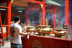 151003 Temple 4 (Haris Abdul Rahman) Tags: leica friends temple sony streetphotography saturday malaysia kualalumpur petalingstreet buddisttemple klickr guanditemple summicronm50 jalantunhslee wilayahpersekutuankualalumpur harisabdulrahman harisrahmancom alpha7rmark2 wwpw2015 wwpw2015kl scottkelbyworldwidephotowalk2015 8thanuualscottkelbyworldwidephotowalk elc7r2
