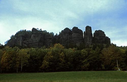 "Elbsandsteingebirge (107) Pfaffenstein • <a style=""font-size:0.8em;"" href=""http://www.flickr.com/photos/69570948@N04/22067619735/"" target=""_blank"">View on Flickr</a>"