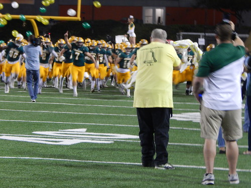 """Edison vs. Fountain Valley 10/31/15 • <a style=""""font-size:0.8em;"""" href=""""http://www.flickr.com/photos/134567481@N04/22445059910/"""" target=""""_blank"""">View on Flickr</a>"""
