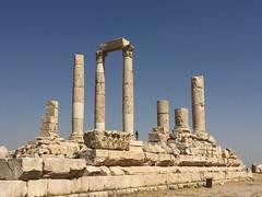 Temple of Hercules,Jabal al-Qal'a, The Citadel, Amman, Jordan (Tawaw) Tags: ancient ruins amman jordan hercules jordanian historicbuildings historicsite thecitadel templeofhercules jabalalqala