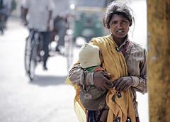 INDIA7409/ (Glenn Losack, M.D.) Tags: street people india portraits photography women delhi muslim islam poor photojournalism buddhism impoverished flip flops local hindu scenics handicapped deformed beggars glennlosack losack glosack dahlits