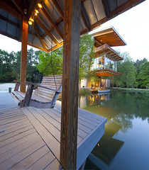 The Pond House в Луизиане от Holly And Smith Architects