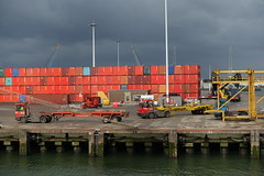 Shipping containers @ Container terminal @ Harbour Tour @ Spido @ Rotterdam (*_*) Tags: rotterdam netherlands nederland city europe october autumn fall 2016 cloudy morning spido nieuwemaas river cruise boat ship harbour tour container cargo harbor port