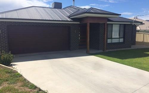 8 Orchid Drive, Kootingal NSW