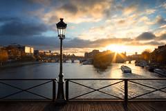 Paris, Cit island at dawn from pont des Arts bridge (O.Ortelpa) Tags: paris france seine river rivire pont des arts postcard landscape cityscape dawn aube