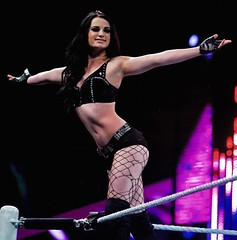 Paige subi al Ring para pedirle matrimonio a Alberto del Ro (vamoschone) Tags: paige ring wwe wcw luchador mexicano albertodelro solicitarle natrimonio