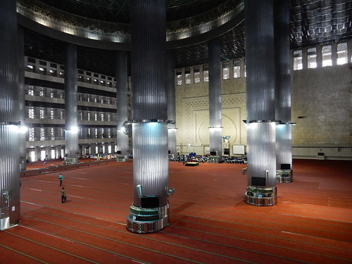 Masjid Istiqlal (National Mosque), largest mosque in SE Asia