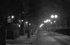 Ranta (koepis) Tags: nikon fe2 eseries 50mm f18 kentmere 400 ilfosol 3 black white suomi finland oulu winter night