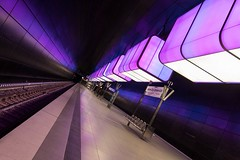 "Subway station ""HafenCity Universität"" (explored) (Janette Paltian) Tags: janettepaltian 650d canon 1018 weitwinkel wideangle subway train station railway underground ubahn transit hafencity hamburg light color colour purple lila architecture architektur tunnel tube licht beleuchtung lighting illuminating"