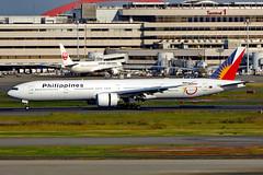 RP-C7776 Boeing 777-36NER PAL  HND (Jetstar31) Tags: rpc7776 boeing 77736ner pal hnd