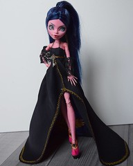 Gigi (Dollheimr) Tags: ifttt instagram doll monsterhigh ooak ooakdoll monsterhighrepaint dollstagram dollphotography arttoy collectable dollheimr