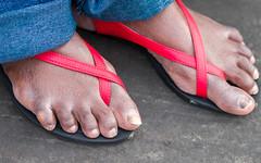 tau-9984.jpg (taureal) Tags: feet female asian candid mature