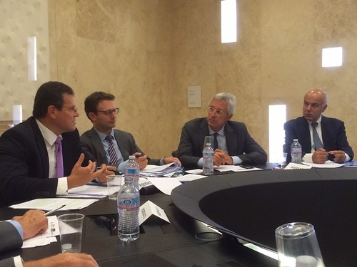 4/9/2015 -  Edoardo Croci con il Vicepresidente della Commissione Europea Maros Sefcovic e il Prof. Michele Polo