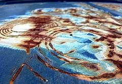 There was better days | Hubo mejores días| C'era giorni migliori (Raul Jaso) Tags: abstract texture textura lumix rust decay neglected vieja rusty oxido hood abstracto viejo capo cofre oxidado abandonado oxidación abandonada abbandonato abbandonata descuidado autoviejo pinturavieja dmcfh8 panasonicdmcfh8 rauljaso rauljasofotografia rauljasophotography