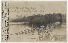 Anglų lietuvių žodynas. Žodis float-bridge reiškia plūdė-tiltas lietuviškai.