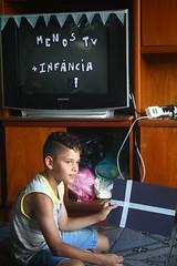 IMG_7028 (Vitor Nascimento DSP) Tags: party brazil brasil kids cores children diy kid arte handmade colorfull sopaulo artesanato artesanal oficina sp workshop criana festa crianas reciclagem pulseiras pulseira almofada 011 brincando infncia brincadeira criao colorido desenhando pintando educao criatividade almofadas festainfantil reutilizao crianasbrincando faavocmesmo festaemcasa arteca