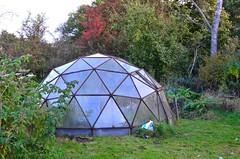 Garden Igloo (hapsnaps) Tags: hapsnaps derbyshire peakdistrict hopevalley hope losehill 2016 autumn gardenigloo greenhouse igloo