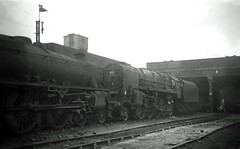 14 8C Speke Junction. 44855 & 92160 img473 (Clementinos2009) Tags: steamlocomotives northernengland 1968 8cspekejunction 44855 92160