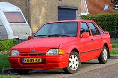 1990 Ford Escort 1.4i CL (Dirk A.) Tags: sidecode4 onk yd89xh 1990 ford escort 14i cl