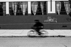 velocidad (Cmura) Tags: serena laserena coquimbo ivregion chile bicicleta foco desenfoque encuadrecentral black white blackandwhite bicicle shadow wall muro bw