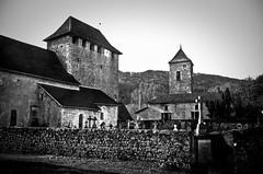mur-clocher de Saint Martin de Vers ( Lot - France) (Denis Vandewalle) Tags: church glise noiretblanc bw pentaxk5 lot quercy midipyrnes france vers paysage landscape