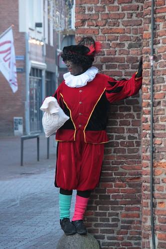 "2016-12-03 Sinterklaasstad-VraagAnthea (14) <a style=""margin-left:10px; font-size:0.8em;"" href=""http://www.flickr.com/photos/44627450@N04/31070300920/"" target=""_blank"">@flickr</a>"