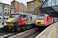 British Railways (stavioni) Tags: city electric speed train for high cross rail kings fallen british locomotive railways intercity inter 125 hst the brel 91111 class91 43313