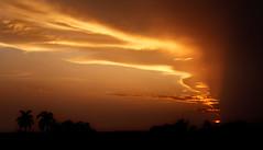 Trinidad Sunset - Cuba (André Schönherr) Tags: light sunset sky clouds abend licht warm colours sonnenuntergang cuba trinidad sonne kuba 40d visionhunter