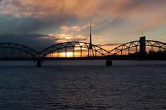 Railway bridge in the morning (Tulbach) Tags: city europa europe baltic latvia stadt riga lettland