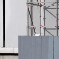 Oh, Orthogonal (zeh.hah.es.) Tags: grey schweiz switzerland construction zurich gray grau baustelle zrich constructionsite faade fassade kreis5