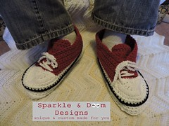 blog2015.12.01 ph03 (zreekee) Tags: canada crochet sneakers saskatchewan slippers sparkledoomdesigns