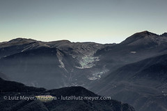 Andorra camis & rutes: Mountain landscape: Andorra overview (lutzmeyer) Tags: altdelgriucomarcaelsagents2874m andorra canoneos5dmarkiii colladadenradort colladadebeixalis elscortals encampparroquia europe gebirge iberia iberianpeninsula lamassanaparroquia llacengolasters lutzmeyer picdencampadana2491m pirineos pirineus pyrenees pyrenäen vallnord above berg berge bergsee bild estiu foto fotografie fromtop gebirgszug iberischehalbinsel image imagen imatge juli julio juliol july lake landscape landschaft lutzlutzmeyercom montana montanas mountain mountains muntanya muntanyes oben ontop paisaje paisatge parroquia photo photography picture see sommer sonnenaufgang sortidadelsol summer sunrise tal valley verano sispony lamassanavallnord