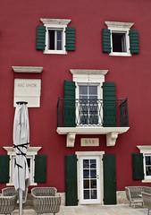 Ili dvor (roksoslav) Tags: sutivan bra dalmatia croatia 2016 ili nikon d7000 nikkor28mmf35 hotel