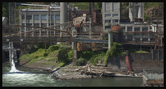 Crumbling Industry #1; Oregon City 2010 (hamsiksa) Tags: oregon oregoncity portland willametteriver willamettevalley pacific northwest industry old architecture industrial concrete ruins