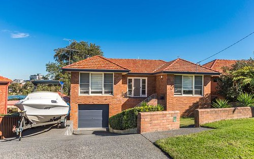 8 Oceanview Parade, Charlestown NSW 2290