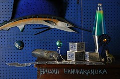 Hawaii Hanukakanuka (Studio d'Xavier) Tags: hawaiihanukakanuka sailfish blue cards lava lamp levitation hover stilllife strobist