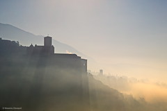 Assisi (Massimo_Discepoli) Tags: assisi sunrays light mist buildings umbria italy shadows layers