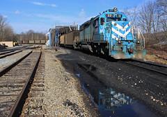 Dumping dat coal (GLC 392) Tags: martin pa pennsylvania alicia greensboro monogahela dock coal unload cumberland mine railroad railway train emd sd382 cmyx yankee town company 22 dumping puddle reflection dirt