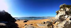 Curl Curl beach (LSydney) Tags: beach sun curlcurl cliff panorama