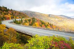Blue Ridge Parkway (Tim Gupta) Tags: blueridgeparkway linncoveviaduct northcarolina fall fallfoliage fallcolors leafpeeping