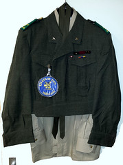New Project: (Scottisch) Steampunk Soldier (Roger Hele) Tags: scottisch steampunk soldier carnaval 2016 2017 newproject pieces wwwmilitaria4youcom wwwmilitarycollectibles4youcom patch patches helmet batteldress rescue ems ambulance firstresponders battledress ebay ambulanceservice raaf royalaustralianairforce flag flagpatch kilt blackwatch sporran kangaroo