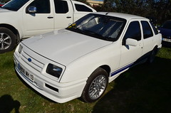 Ford Sierra I berline/saloon 2.3 D 67cv (benoits15) Tags: automotive automobile anciennes american avignon retro racing rallye old prestige supercar flickr festival french gt historic motor meeting car coches classic cars collection voiture vintage nikon ford sierra
