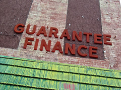 Guarantee Finance, Augusta, GA (Robby Virus) Tags: augusta georgia guarantee finance sign signage loans mortgage