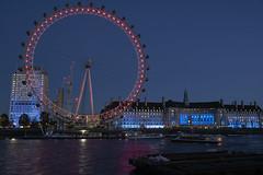 London 11 (timothy_de) Tags: london england londonnight londonskyline londoneye countyhall