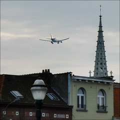 236/365 (chando*) Tags: brussels square airplane aircraft bruxelles spire avion carr laeken clocher airbusa330200 notredamedelaeken jetairwaysindia flight9w228